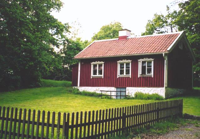 Föreningens stuga i Gunnebodal. Foto: Marianne Wikström