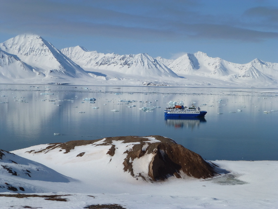Kryssning längs Lofotens kust Foto Magnus Uppström